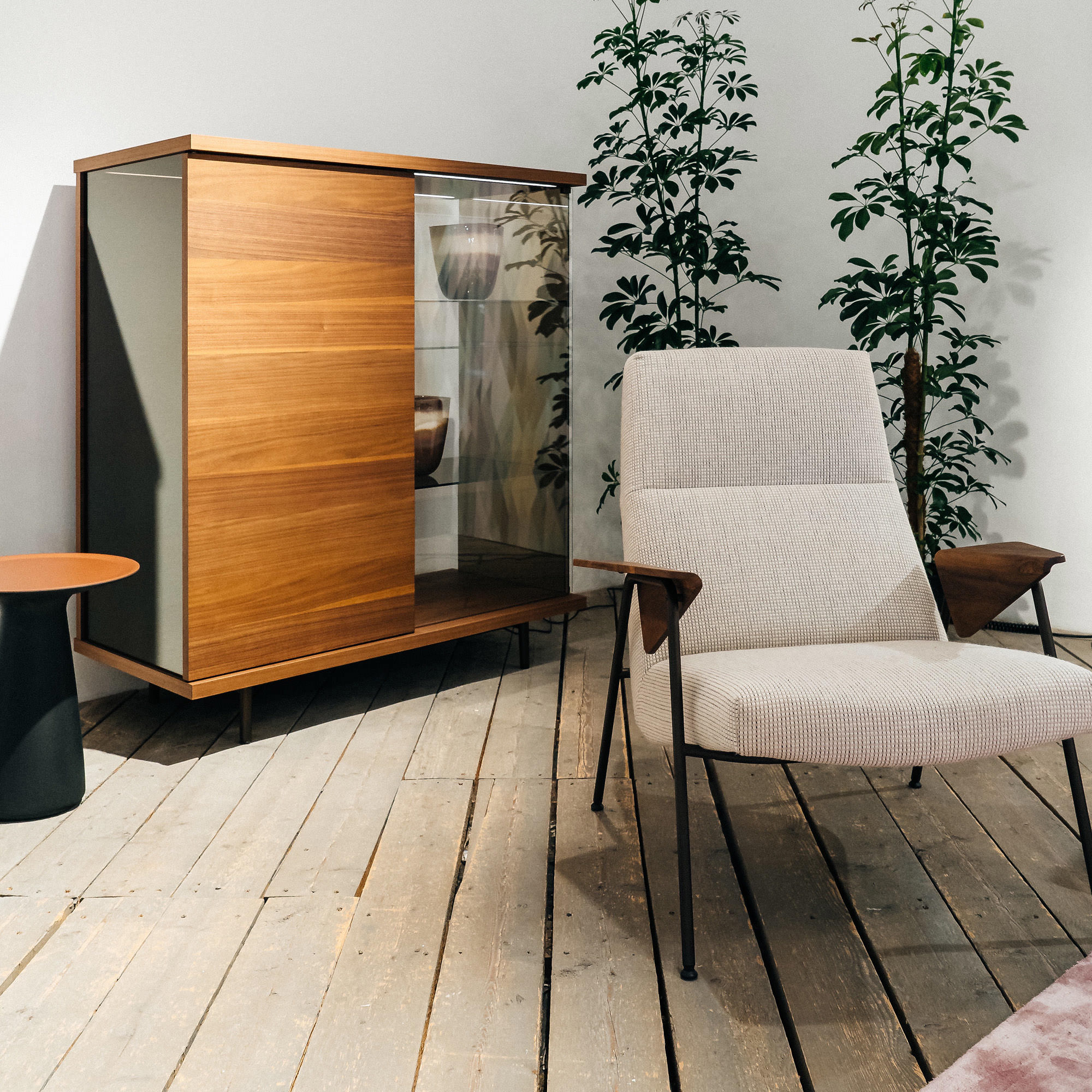 Walter Knoll Sessel Votteler und Kommode The Farns