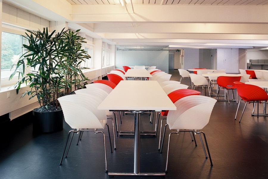 referenz h ny cafeteria f r die mitarbeiter. Black Bedroom Furniture Sets. Home Design Ideas