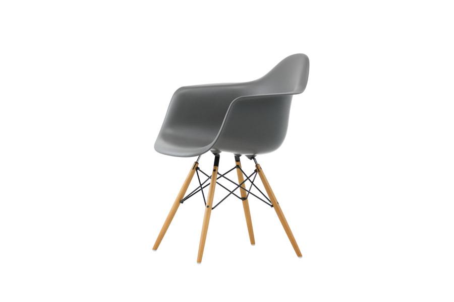 design stuhl eames full size of stuhle weiss schale eames designer stuhl natural weis. Black Bedroom Furniture Sets. Home Design Ideas
