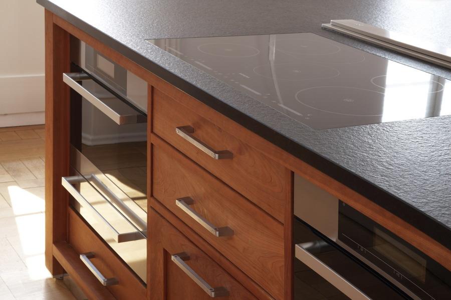 Küchen-Referenz Riva Massivholzküche mit Miele Einbaugeräten