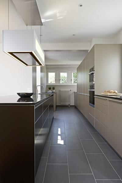 insel abzugshaube free der der fronten wird hier besonders deutlich die berbel abzugshaube lsst. Black Bedroom Furniture Sets. Home Design Ideas