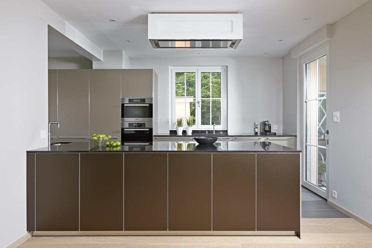 Küche bulthaup b3 mit Einbaugeräten von Gaggenau, Quooker ...