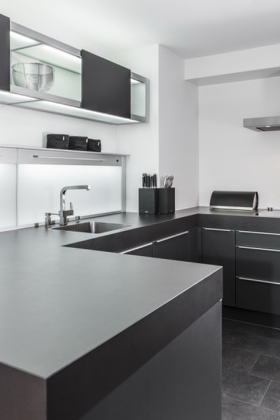 poggenpohl k che titangrau mit herd ofen von gaggenau. Black Bedroom Furniture Sets. Home Design Ideas