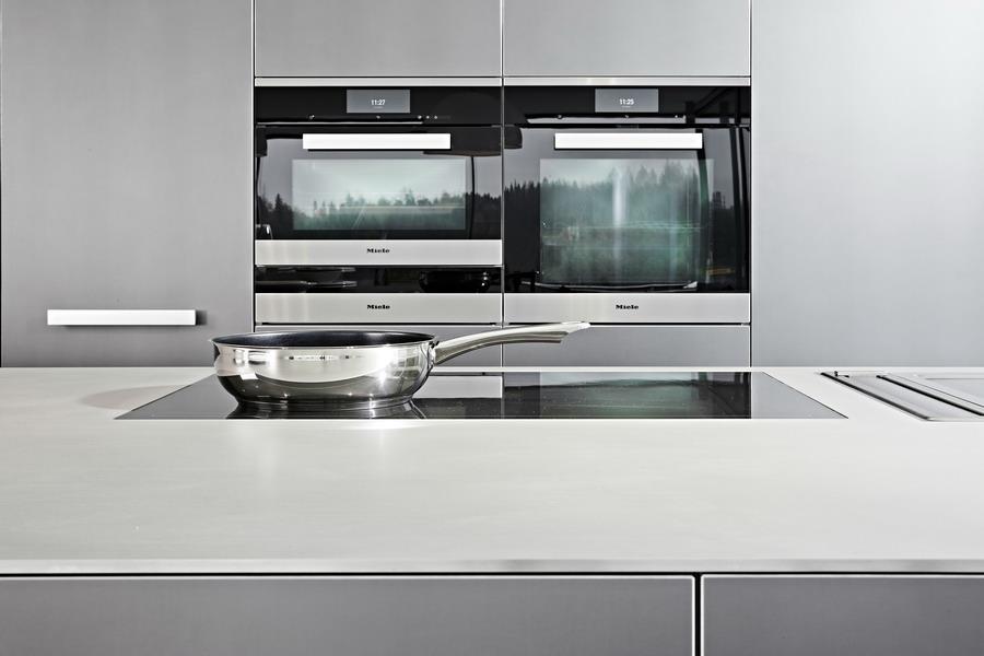 Küche bulthaup b3 mit Einbaugeräten von Miele, Gaggenau und Bora | {Einbaugeräte küche 22}