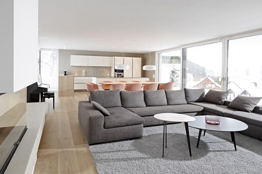 kundenreferenz architektenhaus mit exklusiver einrichtung und klaren formen. Black Bedroom Furniture Sets. Home Design Ideas