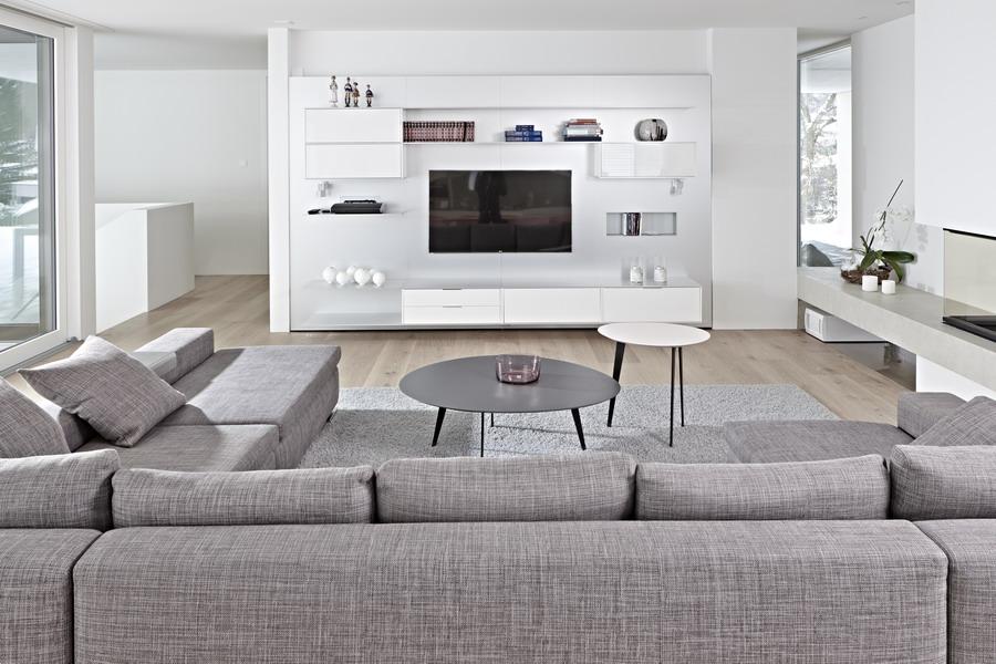 wohnzimmer küche zusammen:Kundenreferenz – Architektenhaus mit exklusiver Einrichtung und klaren