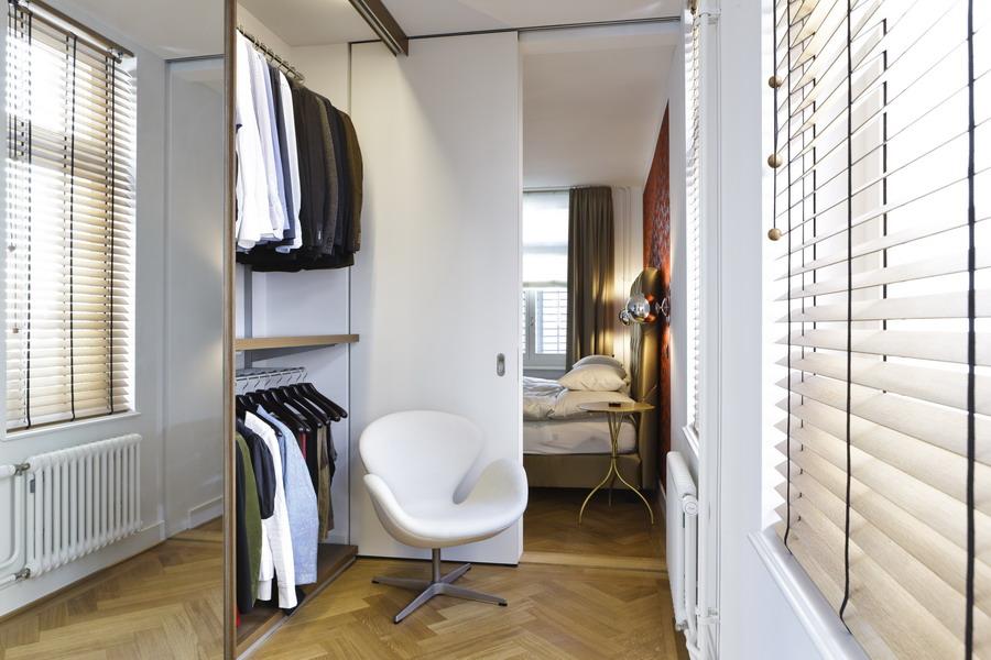 moderner altbau. Black Bedroom Furniture Sets. Home Design Ideas