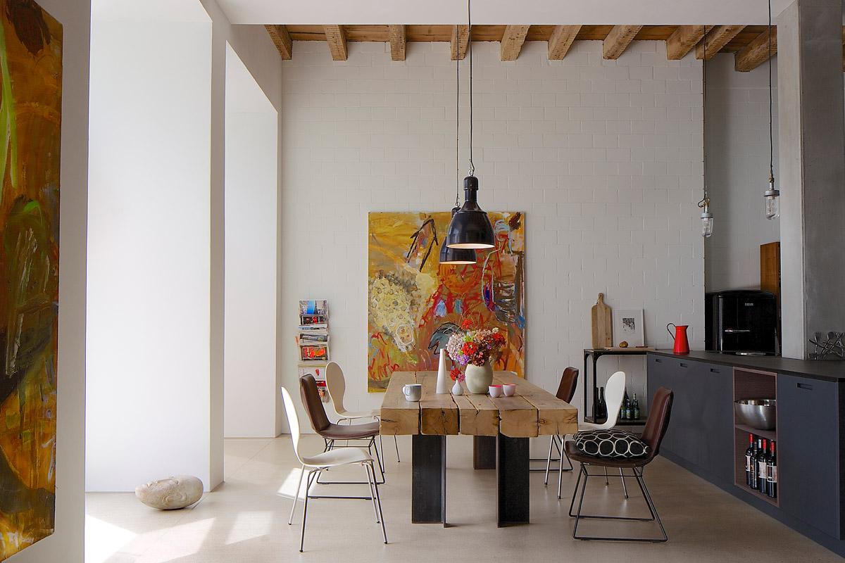 loft wohnung mit industriecharme. Black Bedroom Furniture Sets. Home Design Ideas
