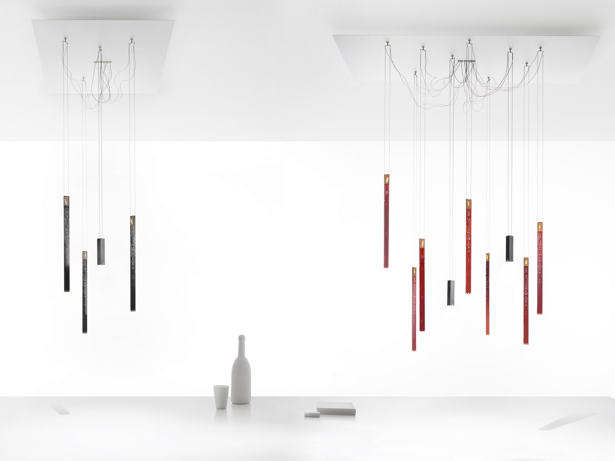 h ngeleuchte flying flames von ingo maurer. Black Bedroom Furniture Sets. Home Design Ideas