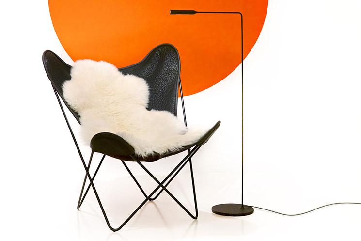 Sessel designklassiker  Designklassiker in Aktion: Hardoy Butterfly Sessel in Leder mit ...